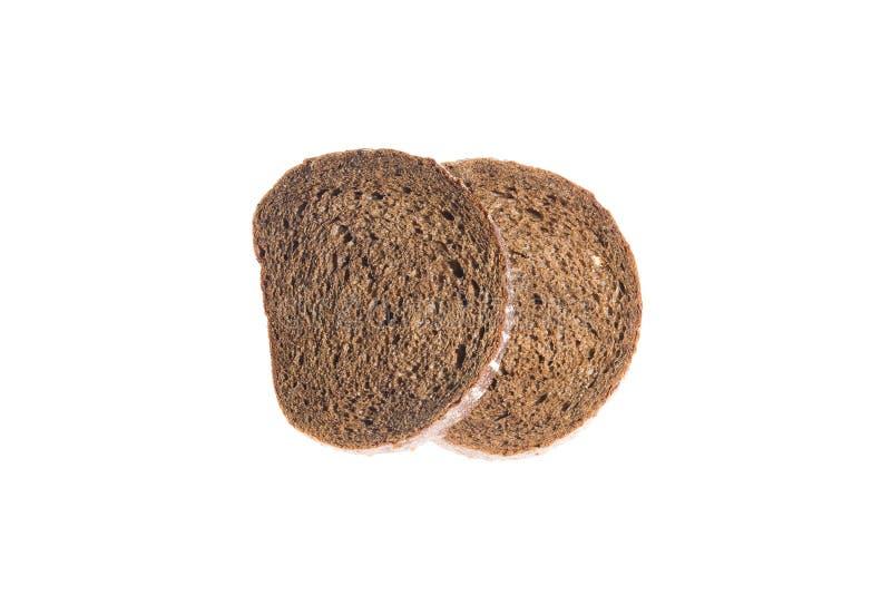 A fatia de pão de centeio fresco isolou o fundo branco imagem de stock