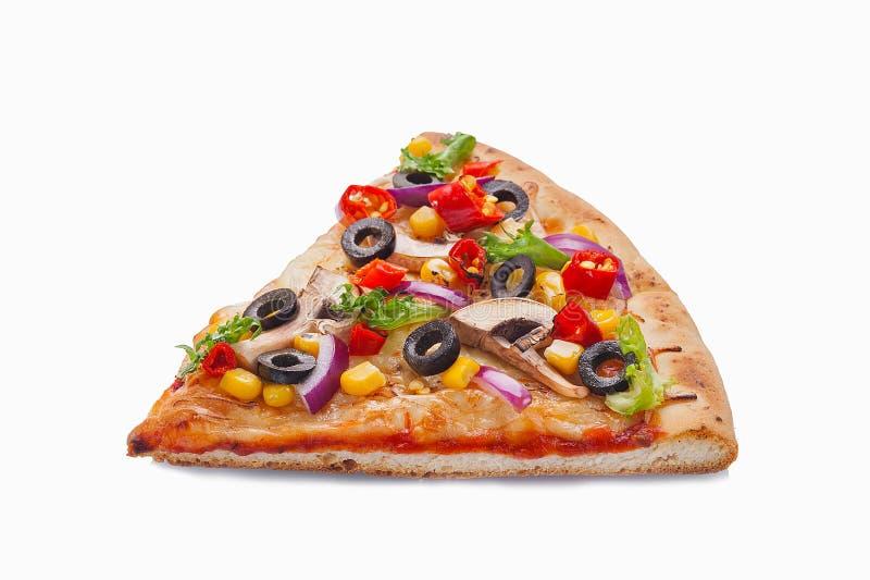 Fatia de pizza original clássica italiana fresca isolada no fundo branco fotografia de stock royalty free