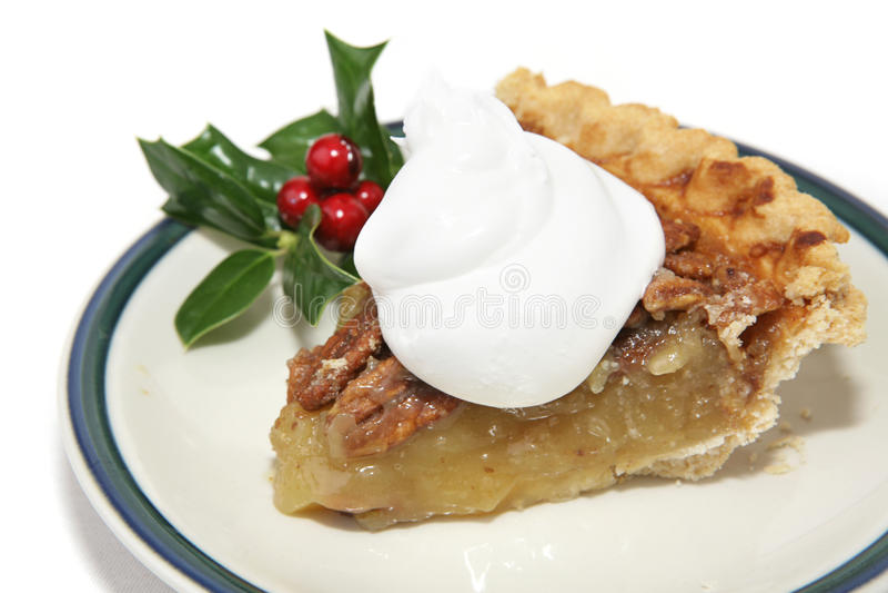 Fatia de torta de Pecan para o Natal imagem de stock royalty free