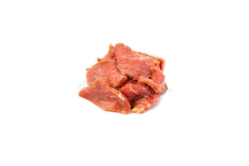 Fatias cruas frescas da carne da carne isoladas sobre o fundo branco foto de stock
