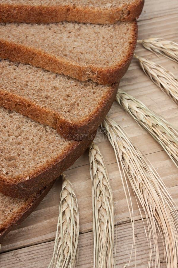 Fatias de pão de centeio fotos de stock