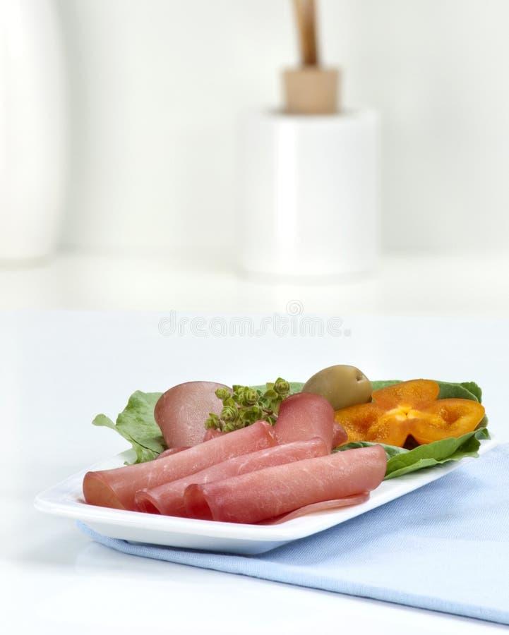 Download Fatias do salame imagem de stock. Imagem de snack, poultry - 29846389
