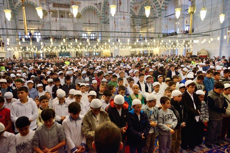 Fatih-Moscheenritual der Anbetung zentrierte im Gebet, Istanbul, Tur stockbild
