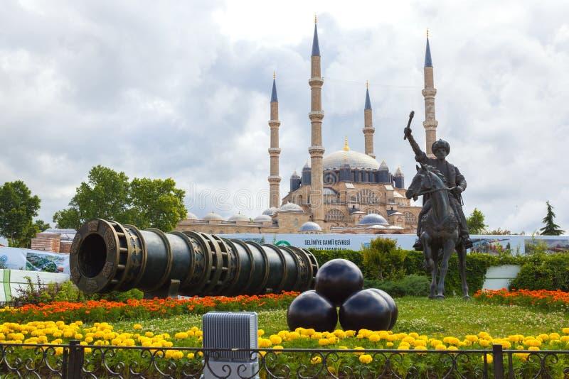 Fatih Sultan Mehmet minnesmärke royaltyfri fotografi