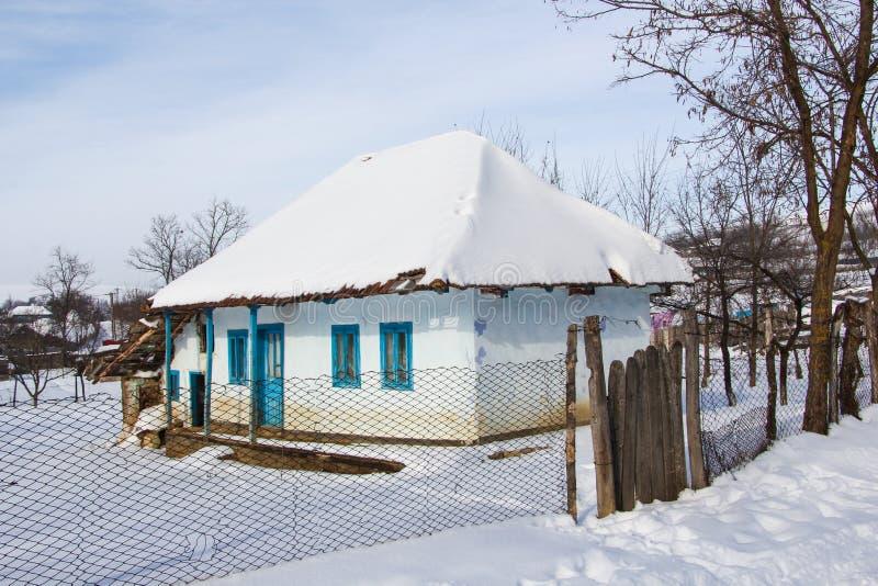 Fattigt hus arkivbild