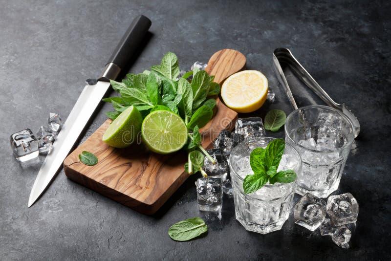 Fatura do cocktail de Mojito fotos de stock