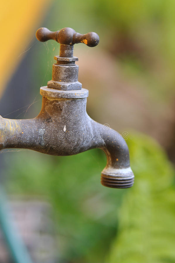 Free Faucet Royalty Free Stock Images - 19351669