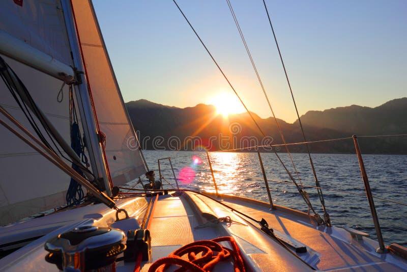 Fauler Sonnenuntergang stockbild