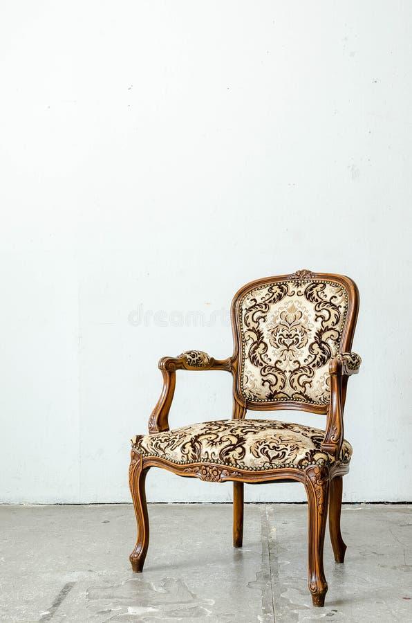 Fauteuil classique luxueux de vintage photographie stock libre de droits