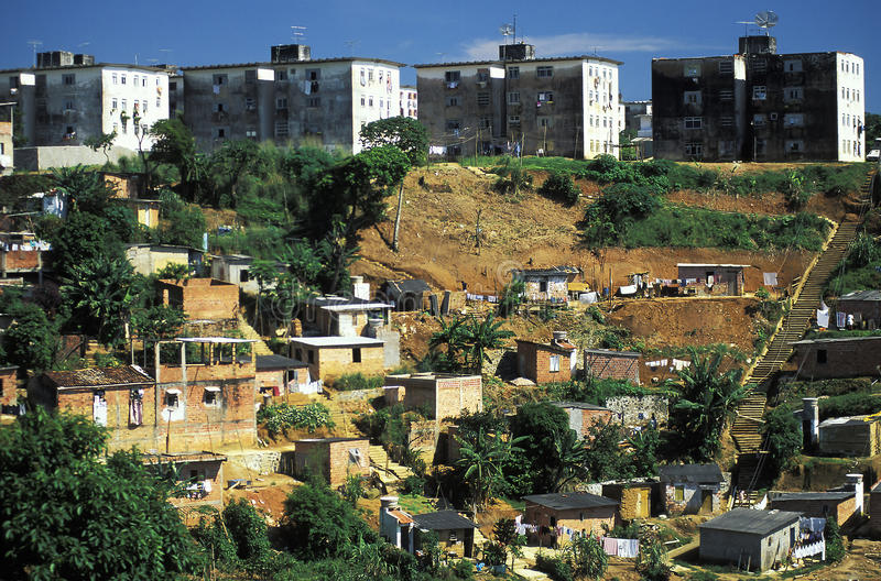 Favela στο Σαλβαδόρ, Βραζιλία στοκ εικόνα