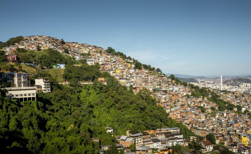 Favela Morro DOS Prazeres in Rio de Janeiro stockbild