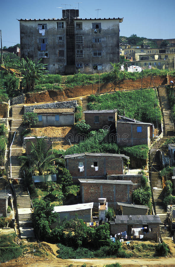 Favela in Salvador, Brasile fotografia stock libera da diritti