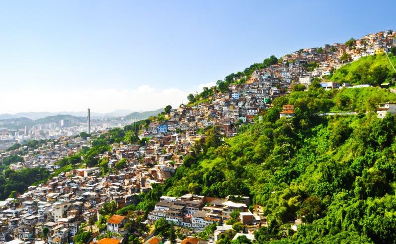 Favelas i Rio de Janeiro. royaltyfri foto
