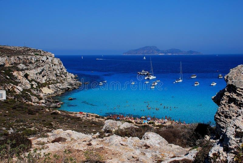 Favignana (islas de Egadi) - rossa de Cala imagen de archivo