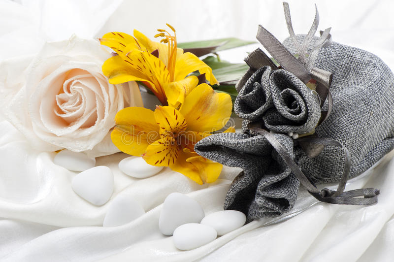 Download Favori delle nozze immagine stock. Immagine di communion - 30826845