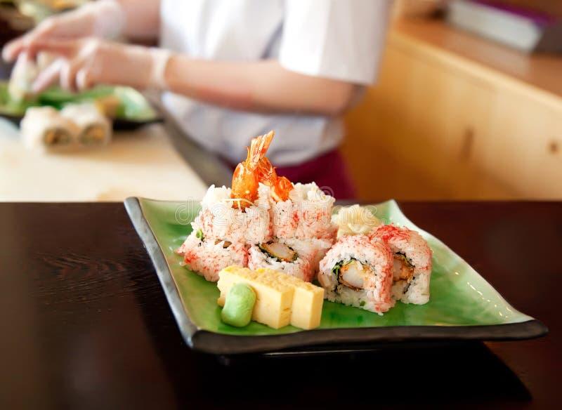 Fazendo o alimento japonês fotografia de stock