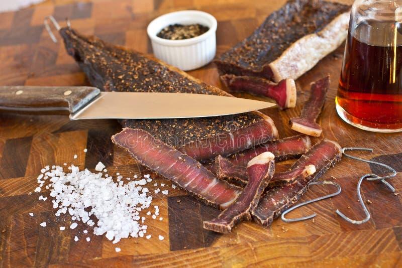 Fazendo o sul - carne seca africana fotografia de stock