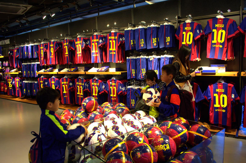 Celebrity fans of barcelona fc noticias