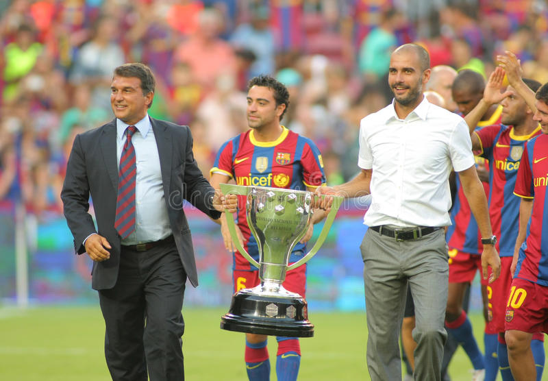 FC het team van Barcelona viert La Liga stock foto's