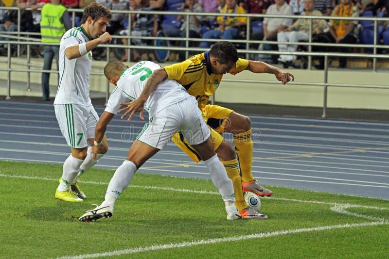 FC Metalist Kharkiv contre l'allumette à C.A. Omonia Nicosia photo libre de droits