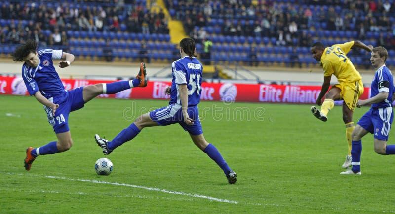 FC Metalist versus FC Ilyichevets (3: 1) voetbalgelijke stock afbeeldingen