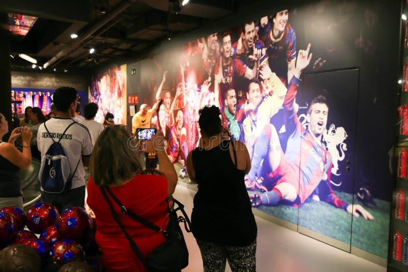 FCB-Sportmall - Barcelona, Spanien stockfotos
