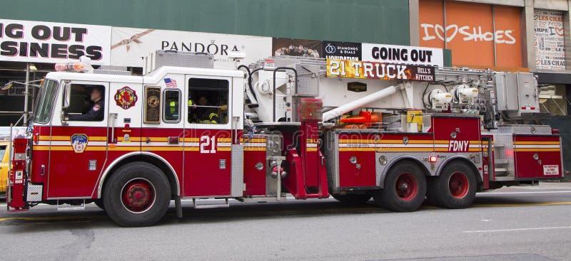 FDNY Drabina Firma 21 w środku miasta Manhattan zdjęcia royalty free