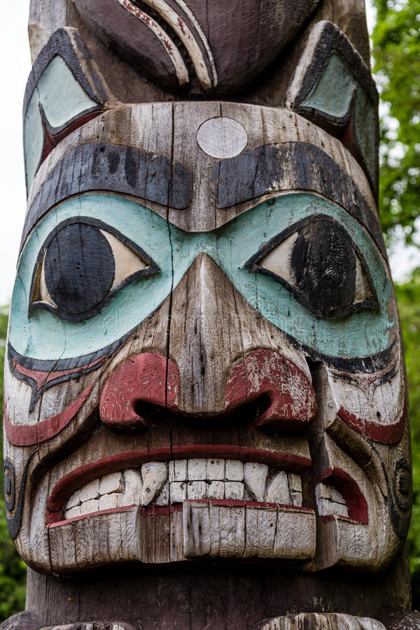 Free Fearsome Totem Face Royalty Free Stock Images - 80264469
