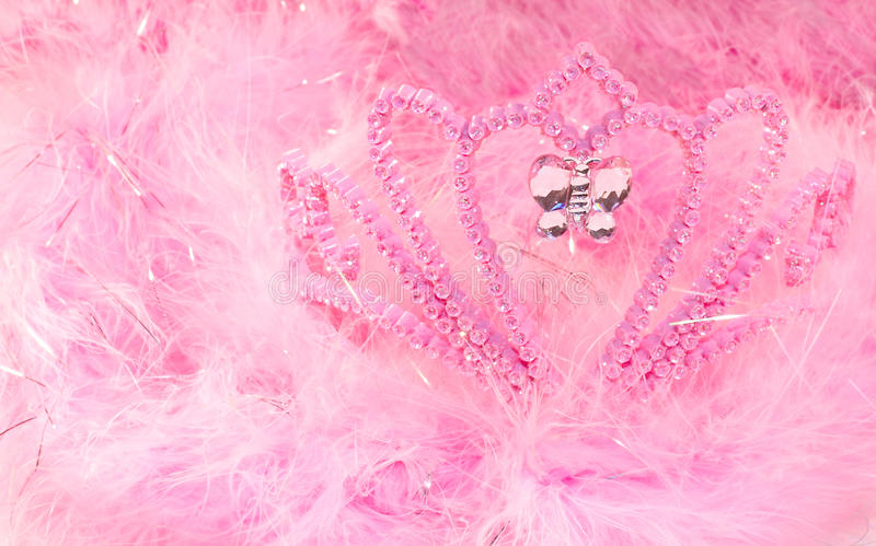 Download Feather Boa And Tiara Royalty Free Stock Photography - Image: 21234737