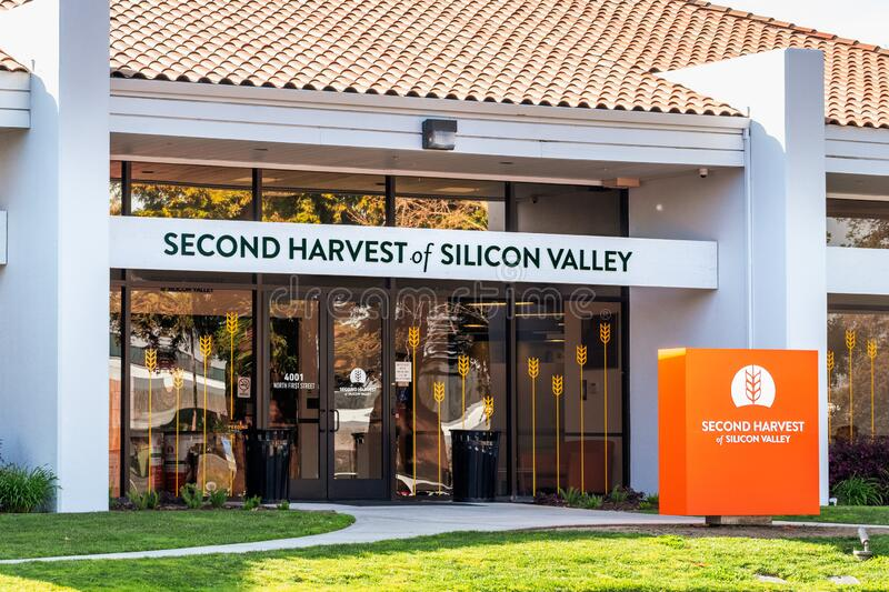 Feb 27, 2020 San Jose / CA / USA - Second Harvest of Silicon Valley facilities, part of Feeding America, a United States–based. Feb 27, 2020 San Jose / CA / stock photography