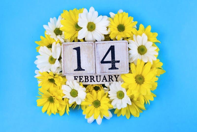 14 febbraio calendario; mondo del concetto di San Valentino immagini stock