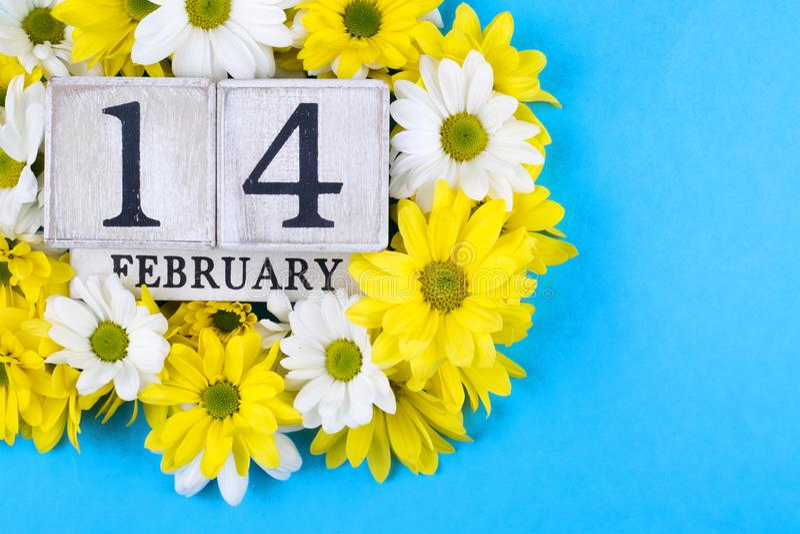 14 febbraio calendario; mondo del concetto di San Valentino fotografia stock libera da diritti