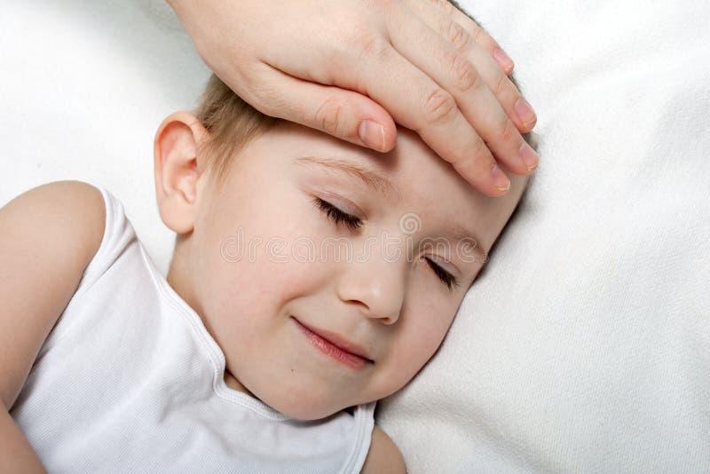 Febbre del bambino immagini stock libere da diritti