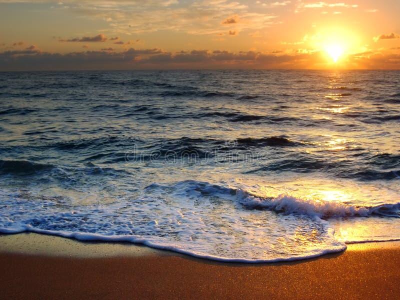 Februar-Sonnenaufgang imágenes de archivo libres de regalías