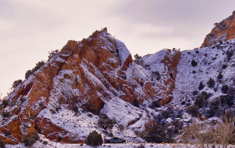 Februari morgon på den västra ingången arkivfoto