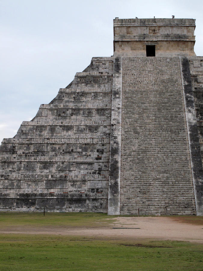 Download February In Chichen Itza, Yucatan, Mexico Stock Photo - Image: 25502512