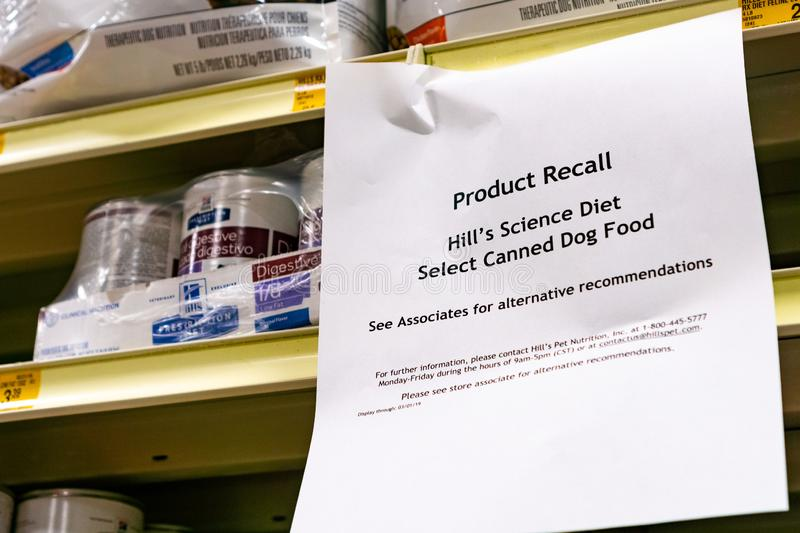 February 13, 2019 Sunnyvale / CA / USA - Hill`s Science Diet Select Canned Dog Food Product Recall sign displayed in Pet Store royalty free stock image