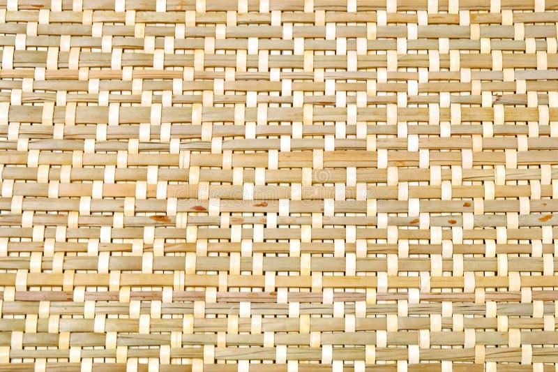 Fechado acima da textura de bambu do teste padrão de Weave de cesta imagens de stock royalty free