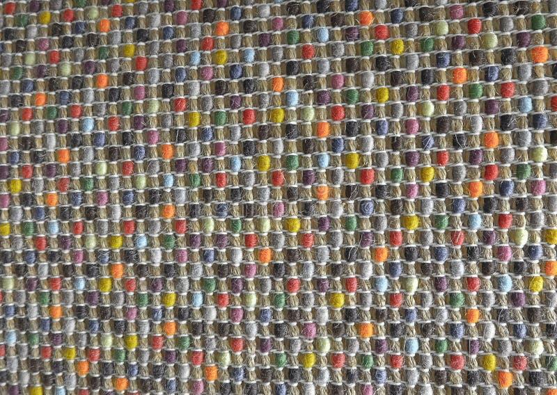 Fechado acima da textura quadrada do teste padrão de Weave de cesta colorido fotografia de stock