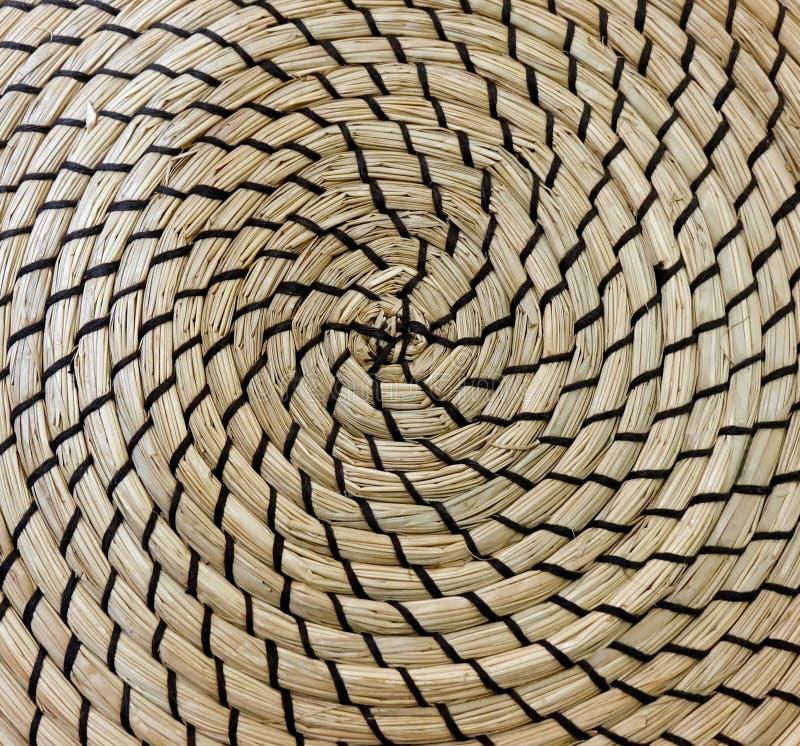 Fechado acima da textura quadrada do teste padrão de Weave de cesta foto de stock