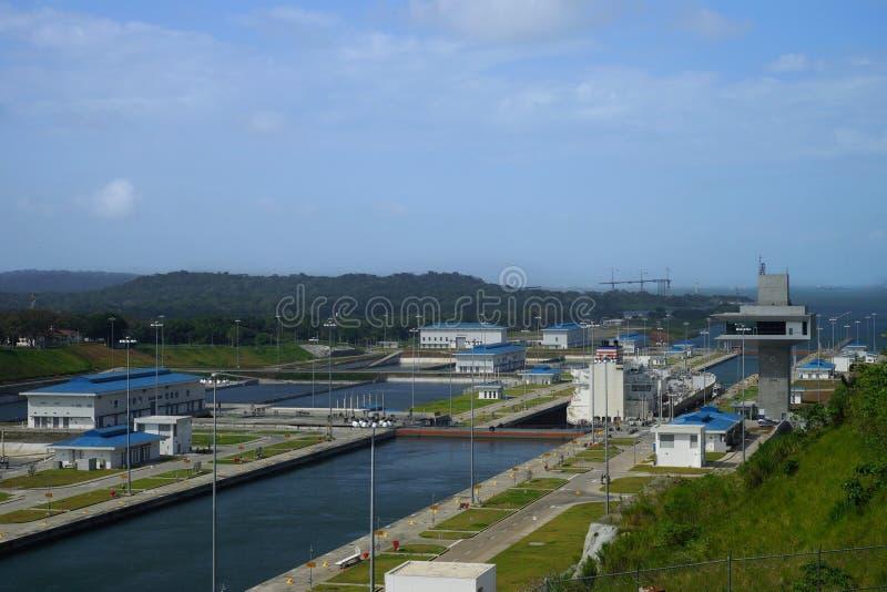 Fechamentos de Clara da água do canal do Panamá, Panamá fotos de stock royalty free