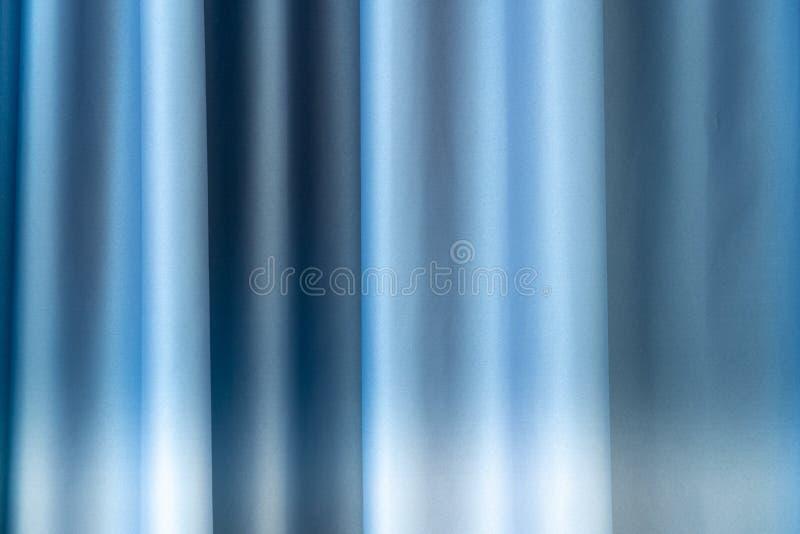 Fechar fundo de malha de cortina azul, textura vazia imagem de stock royalty free