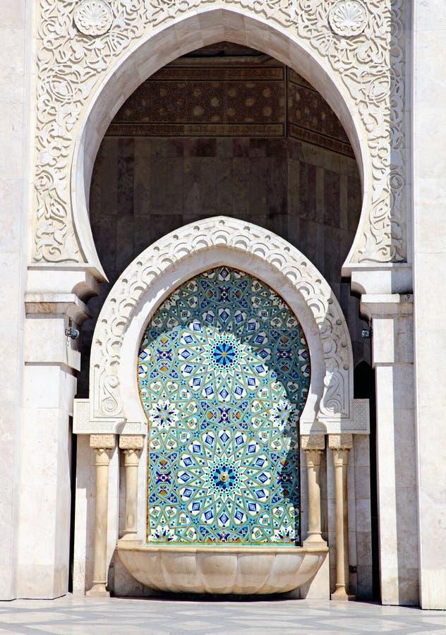 Feche acima da arquitetura árabe Mesquita do rei Hassan II, Casablanca imagens de stock royalty free