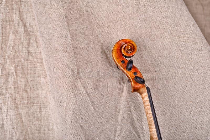 Feche acima da cabeça do violino fotos de stock royalty free