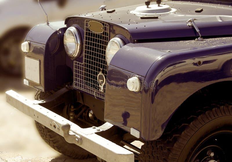Feche acima da capota histórica do veículo de Overlander imagens de stock