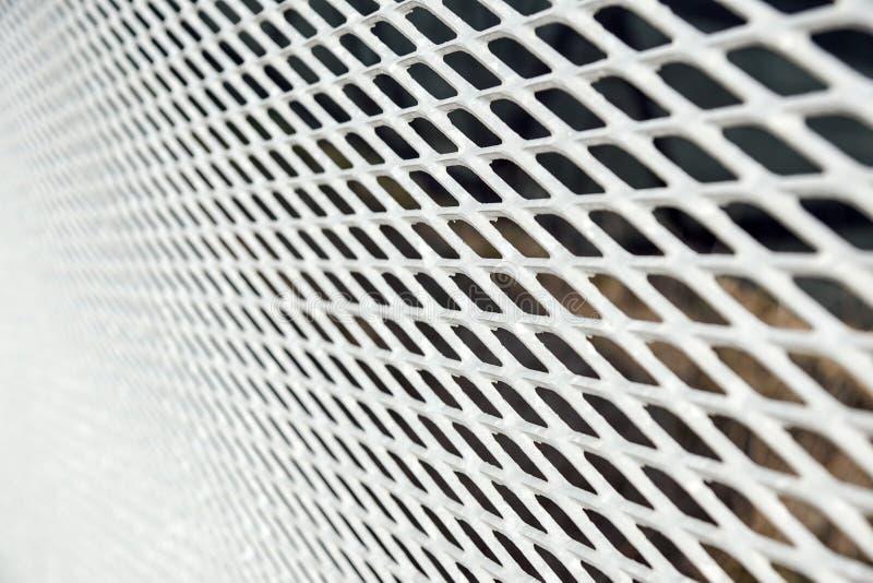Feche acima da cerca Chain Engranzamento do metal Foco seletivo imagem de stock royalty free