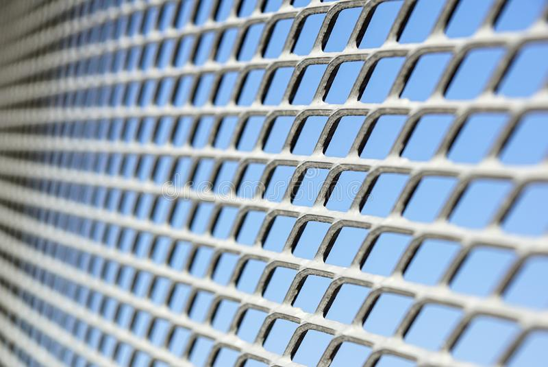 Feche acima da cerca Chain Engranzamento do metal Foco seletivo foto de stock royalty free