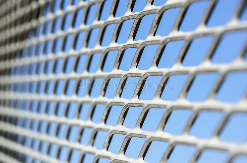 Feche acima da cerca Chain Engranzamento do metal Foco seletivo fotografia de stock