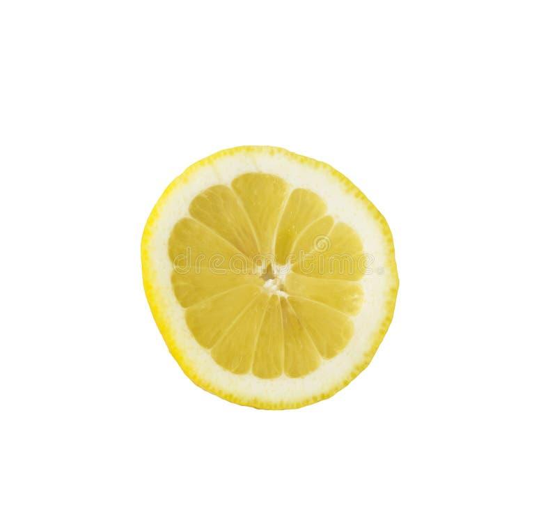 Feche acima da fatia de opinião superior do limão isolada no branco foto de stock royalty free