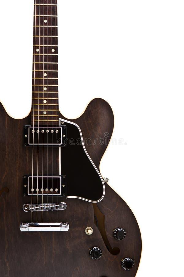 Feche acima da guitarra semi oca fotografia de stock